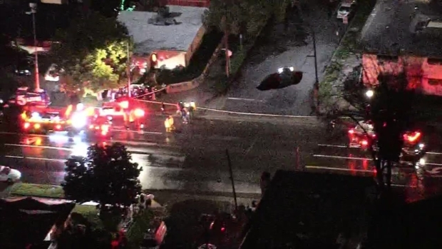 [NATL-LA] Two Cars Plunge Into Studio City Sinkhole