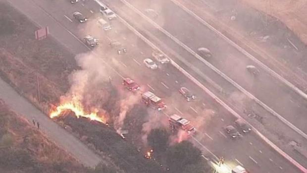 [BAY] Vegetation Fire Burns Off Interstate 680 in Sunol