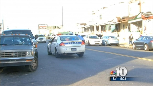 [PHI] Police Officers Injured After Chase