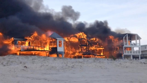 [PHI] Spectacular Video of Sea Isle Homes on Fire