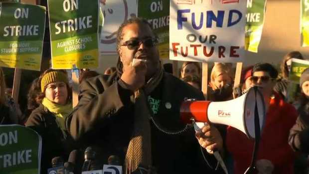 [BAY] RAW: Oakland Teachers Take to Picket Lines During Strike