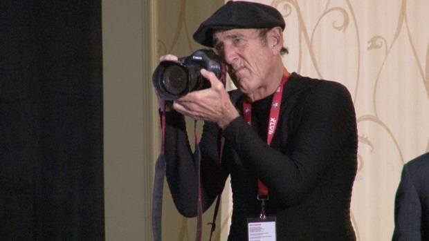 [BAY] 49ers Photographer Makes Sixth Super Bowl Trip