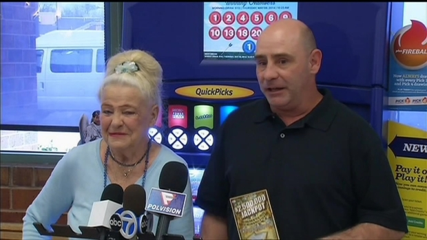 [CHI] Chicago Mom Buys Son's $2.5 Million Lottery Ticket