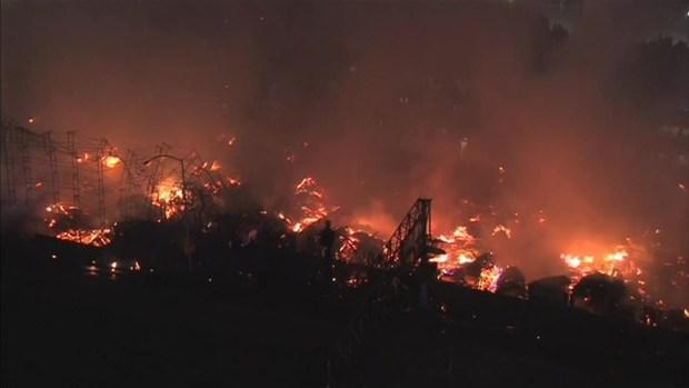 Raw: Downtown LA Fire