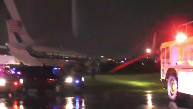 [NY] VP Candidate Mike Pence's Campaign Plane Slides off Runway at LaGuardia