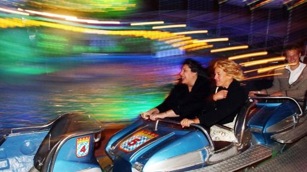 [NATL-LA] Iconic Theme Park Rides From Around U.S.