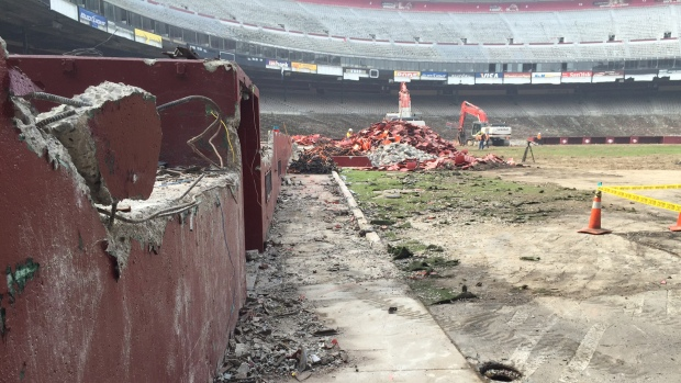 [BAY] Excavators Take Down Candlestick Park, Urban Outlet Center On Its Way