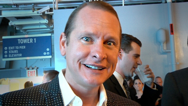 """[FREEL] VID: Carson Kressley: Fashion on an Aircraft Carrier Is """"So Hot"""""""