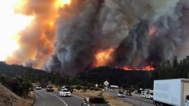 [BAY] Shasta County Wildfire Closes I-5, Prompts New Evacuations