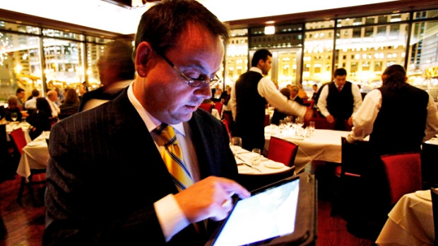 Who Needs a Waiter? Order With an iPad
