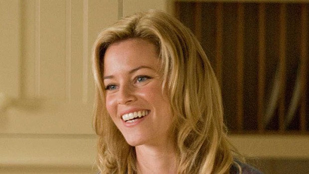 "Elizabeth Banks Confirms Her ""Hunger Games"" Casting"