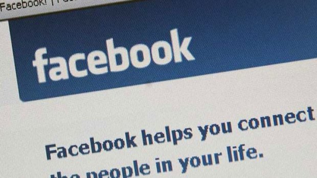 Man Sues Uncle Over Embarrassing FB Photos