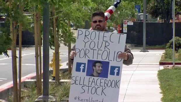 [BAY] Facebook Faces Investors, Protesters at Shareholder Meeting