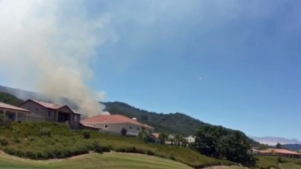[BAY] Wildfire Burns Near Gilroy Golf Course