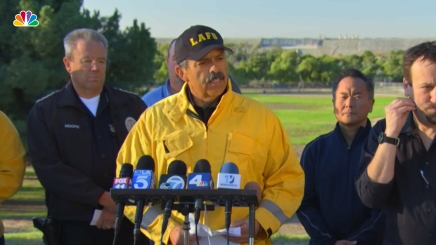 [NATL] Los Angeles Fire Chief: 'This Is a Very Dynamic Fire'