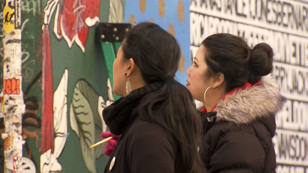 [BAY ERI] Two Asian-American Women Paint Big Walls