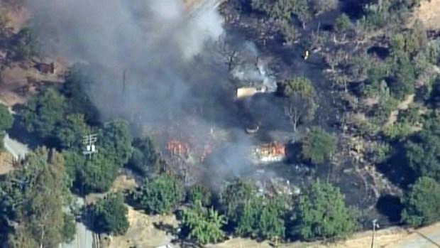 [BAY] Brush Fire Burning at Mt. Hamilton in San Jose