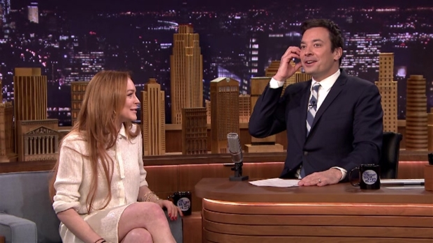 "[NATL] Lindsay Lohan Lets Oprah's Call Go to Voicemail on ""The Tonight Show"""
