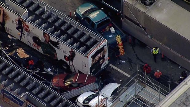 [BAY] 20 Injured, 6 in Critical Condition, in San Francisco Tour Bus Brash