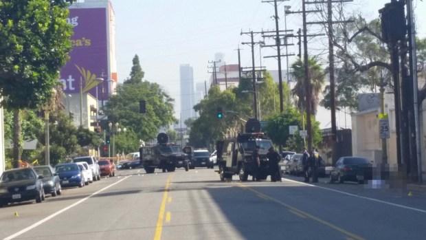 [PHOTOS] Officer Shot in South LA Gun Battle