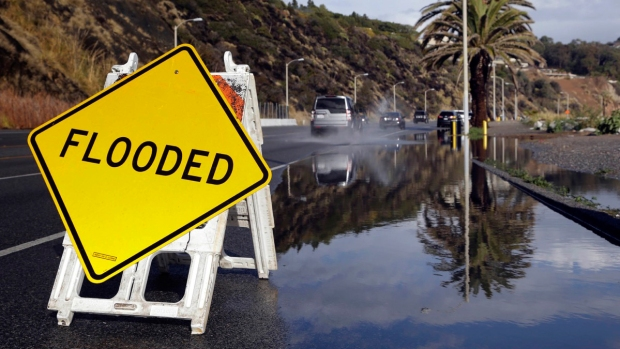 [NATL] El Niño Causes Massive Flooding, Snow in Western U.S.
