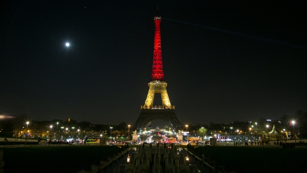 Eiffel Tower Lit in Belgian Colors After Brussels Attack
