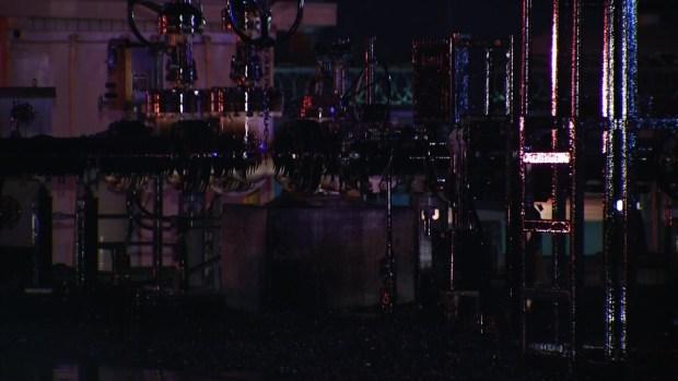 [LA] Cleanup Begins After Massive Crude Oil Spill