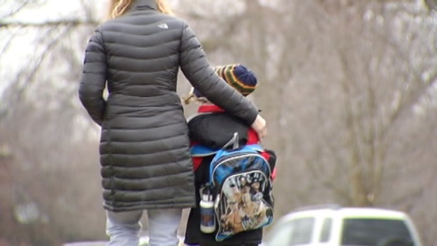 [CHI] Chicago-Area Schools Review Security Measures Following Newtown Shootings