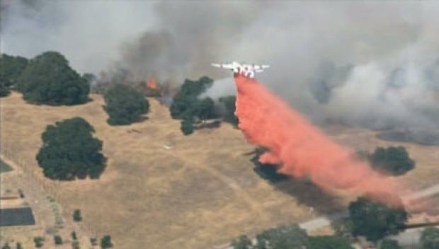 [BAY] RAW VIDEO: Crews Respond to Brush Fire in South San Jose Foothills