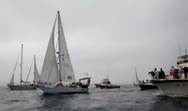 Teen Sailor Returns After Roundtrip Record