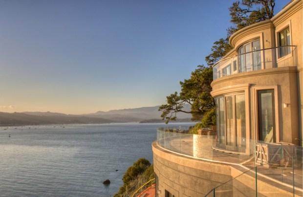 Art Gallery Meets Mansion in Belvedere