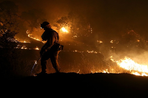 [GALLERY] Rocky Fire Rages in Northern California