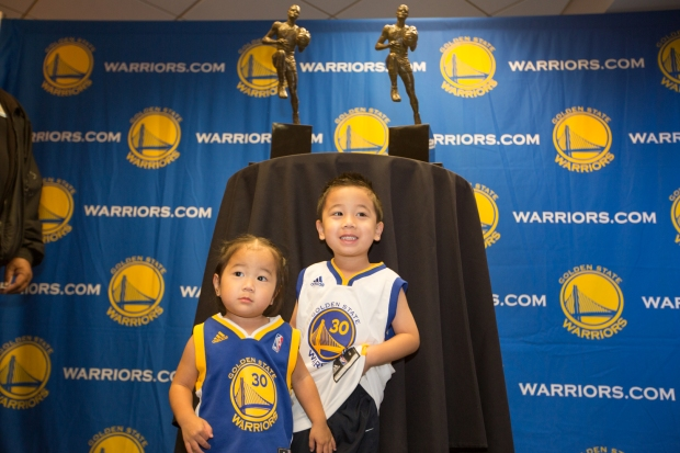Fans Line Up to Pose With Steph Curry's MVP Trophy