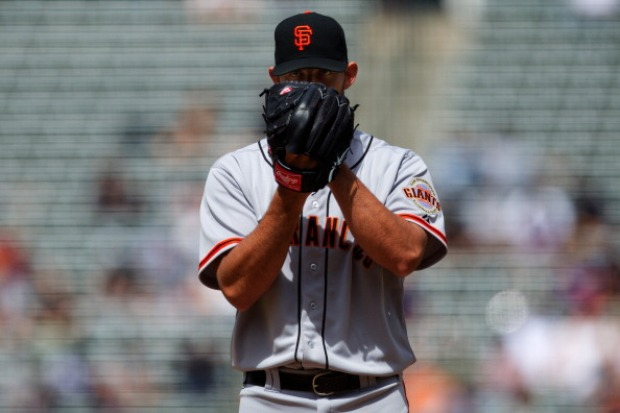 Giants Beat Rockies 4-2 (Images)