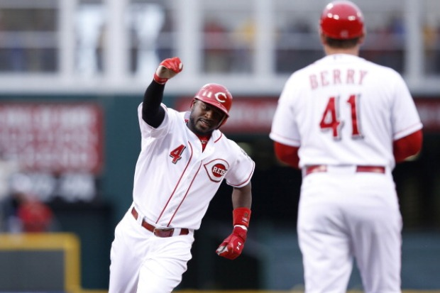 Images: Reds 9, Giants 2