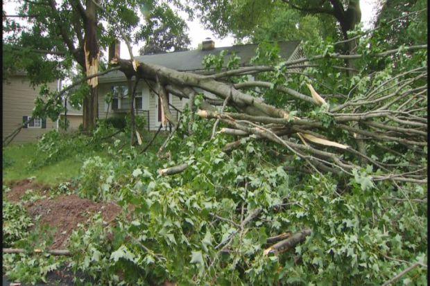 [HAR] Tornado Causes Damage In East Windsor