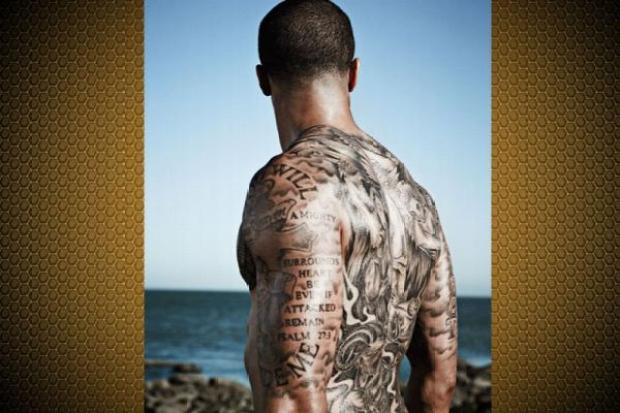 Colin Kaepernick, Vernon Davis Naked ESPN Photo Shoot