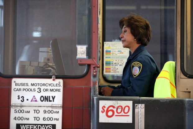 Golden Gate Bridge Says Good-bye to Toll Takers