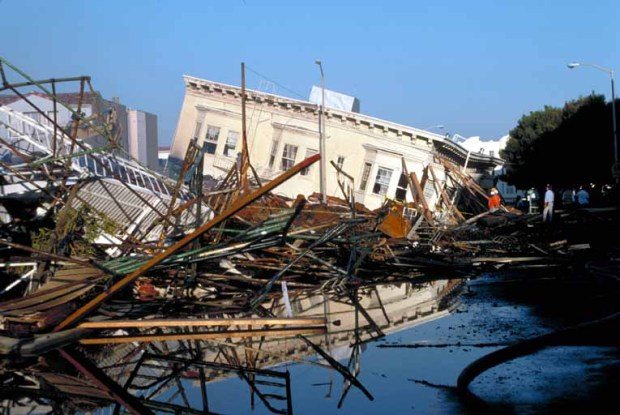 '89 Quake's Widespread Damage: From San Francisco to Salinas