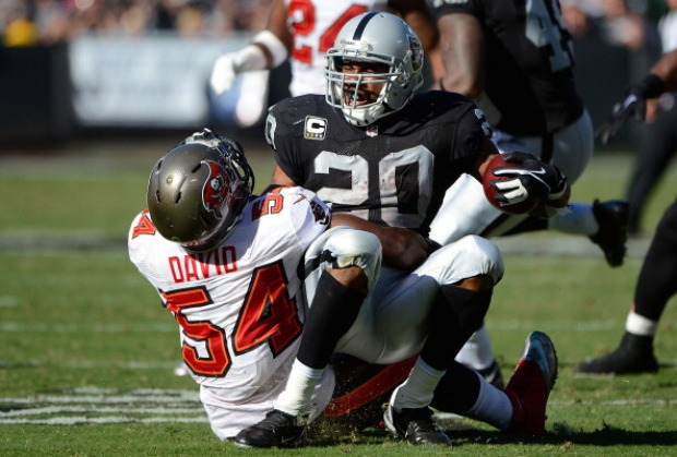 Raiders Lose to Bucs 42-32