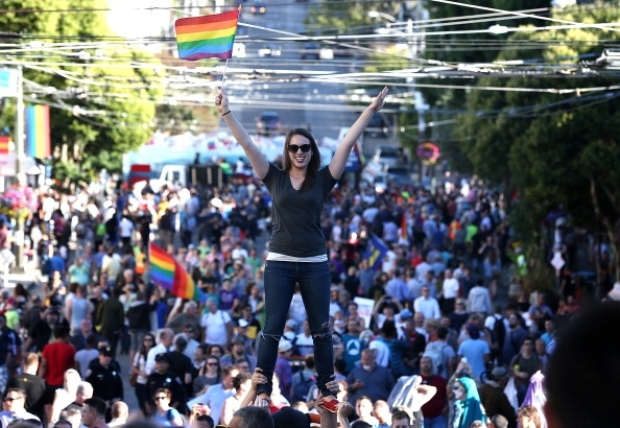 [BAY] Castro Celebrates Prop 8 Decision