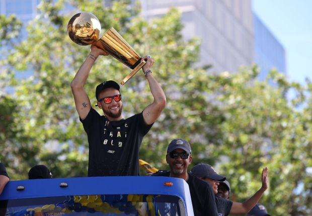 Warriors Parade: Steph Curry and Ian Clark Show Dub Nation Some Love