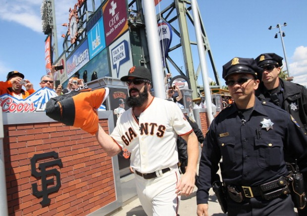 Images From Giants Home Opener