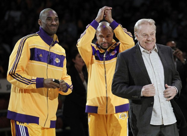The Lakers Open Their Season With Rings and Victory