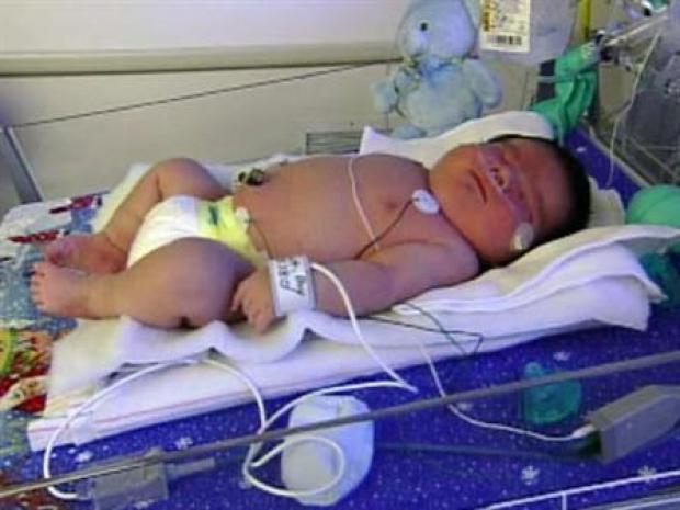 [LA] Really Big Baby Born in Laguna Hills