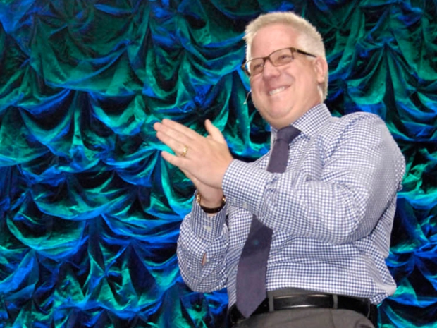 PHOTOS: Glenn Beck Rallies Tea Party at Right Nation 2010