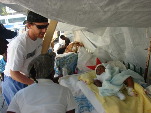 Stanford Doctors in Haiti