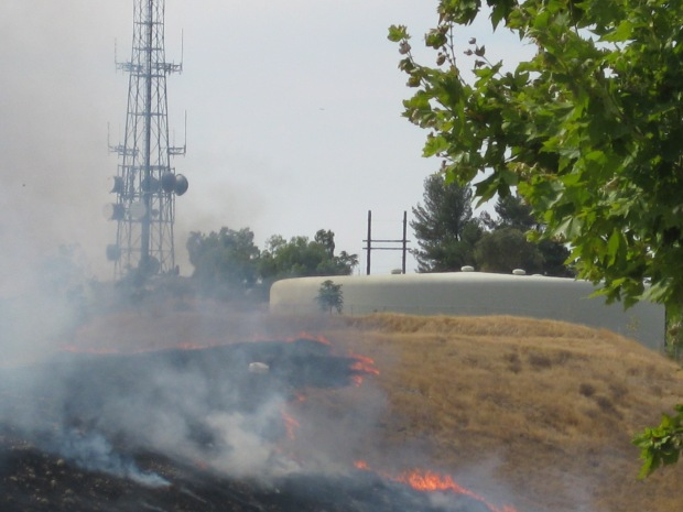 San Jose Homes Barely Escape Brush Fire