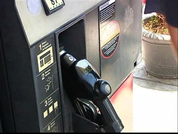[DGO] Gas Tax Drops, Prices Stay the Same