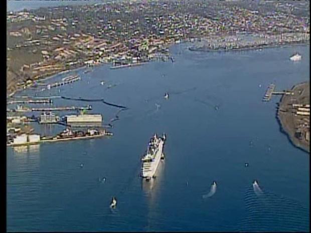 [DGO] Raw Video: Carnival Splendor Arrives in San Diego